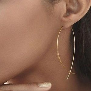 Jewelry - Metallic Geometric Fish String Earrings